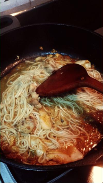 三風麵館鐵板麵化身美味韓式泡菜炒麵!懶人輕鬆煮韓式泡菜炒麵! - 4
