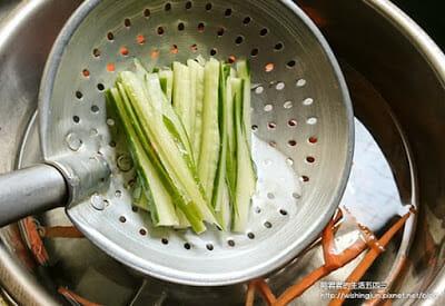 [下廚]三風麵館藍藻麵創意料理DIY。日式涼麵&台式炒麵~今天你想吃哪一道 - 7