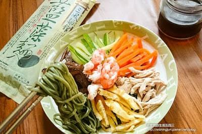 [下廚]三風麵館藍藻麵創意料理DIY。日式涼麵&台式炒麵~今天你想吃哪一道 - 15
