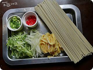 【懶人料理】夏日的涼麵季。藍藻麵&西施麵三風麵館麵食的專家輕鬆做涼麵(下) - 2